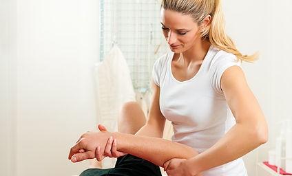 chiropraticienne-consultation-manipulation