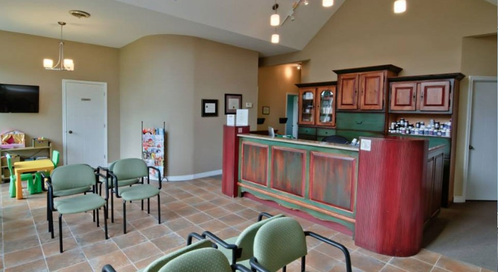 http://www.chiroalternative.ca/wp-content/uploads/2016/02/clinique-chiropratique-alternative-salle-attente-968x530.jpg